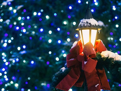 commercial holiday light installation - Professional Outdoor Christmas Decorations