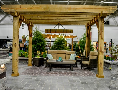 Milwaukee outdoor living space designers build quality hardscaping solutions for your home